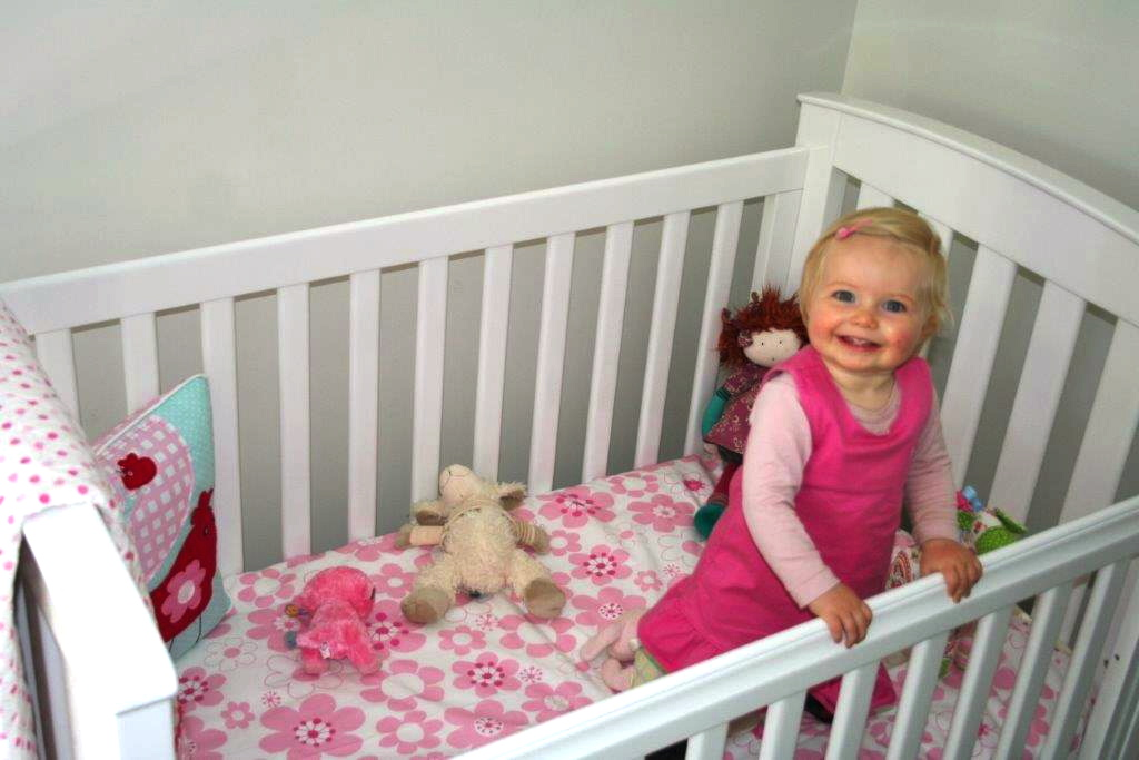 Millie-cot with Flo