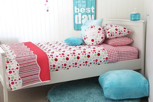 lucy spotted girls quilt ocver & comforter with the aqua rug