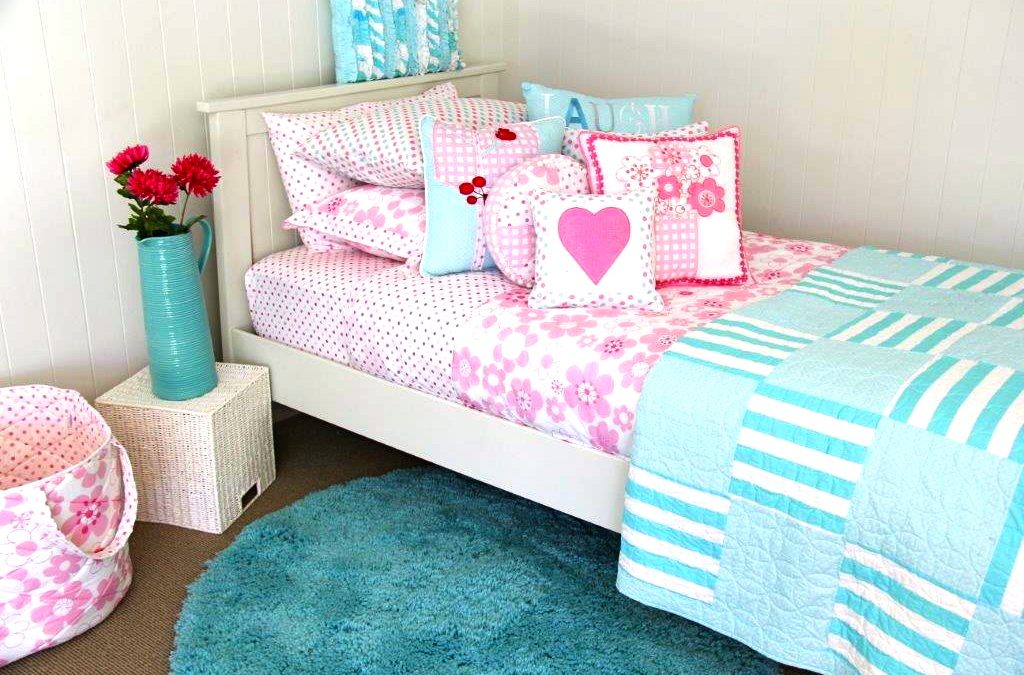 Millie quilt cover with spot sheeting, LOL comforter & Aquamarine rug