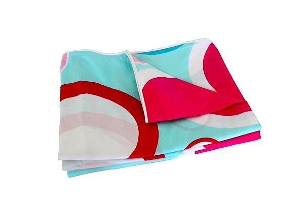 zoe aqua and red spot quilt cover