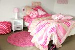 Emma quilt cover, comforter & sheeting with Fuschia Pink shagpile rug
