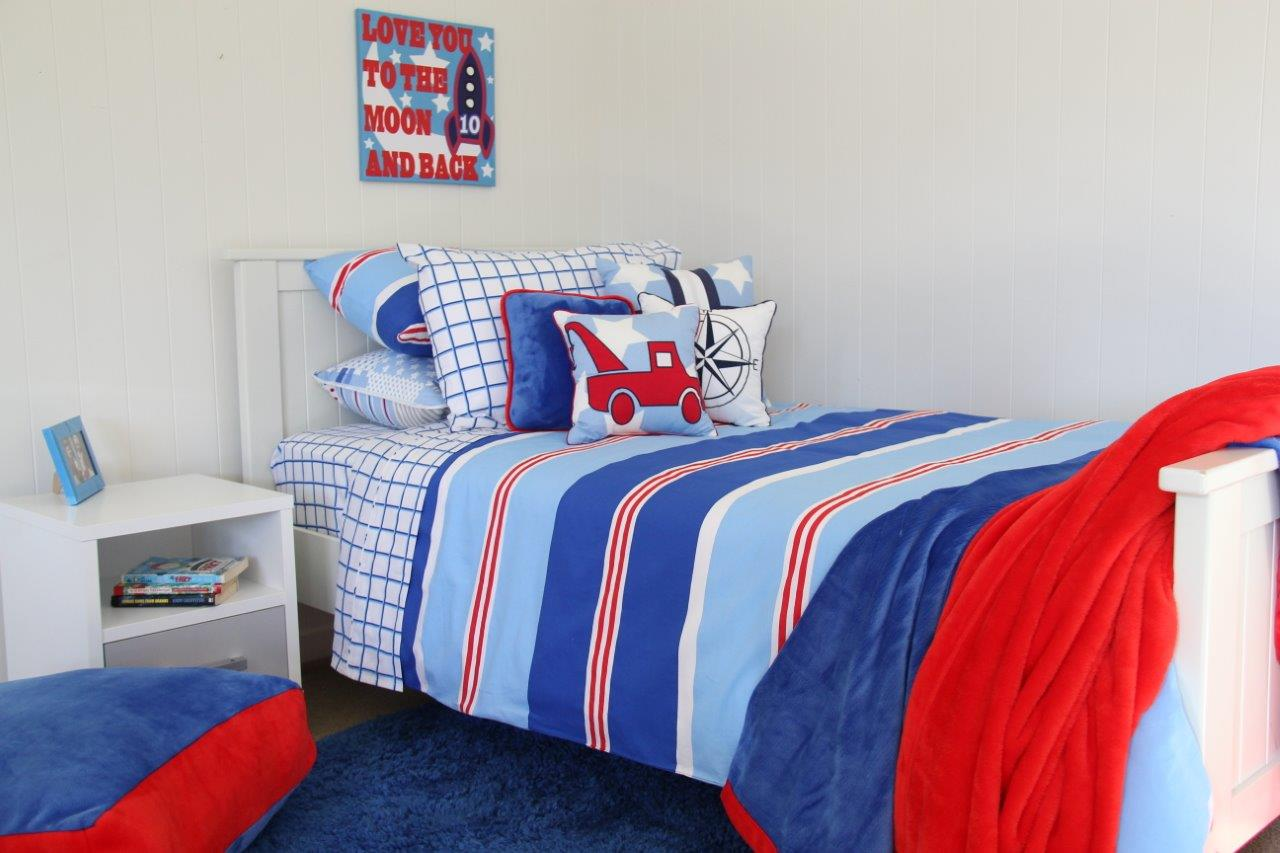 Nautical Quilt Cover & sheeting, red & blue throws, Vintage Blue shagpile rug