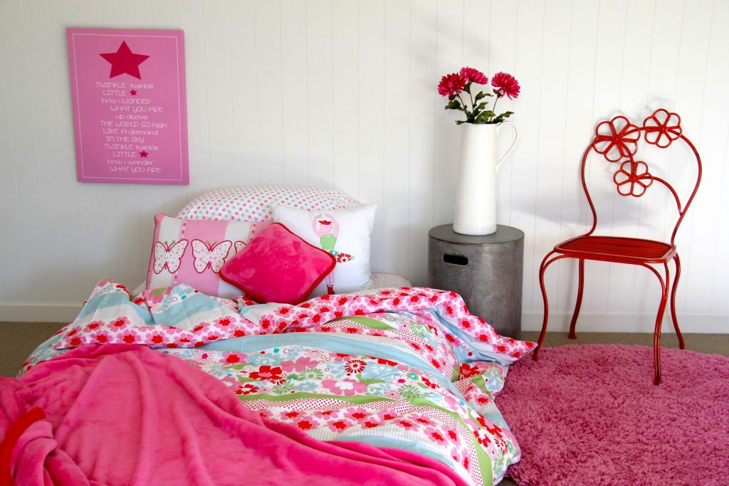 Charlotte floral quilt cover