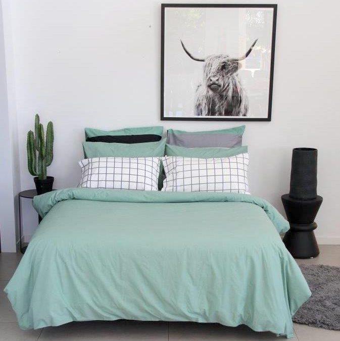 Sage green unisex block green duvet set